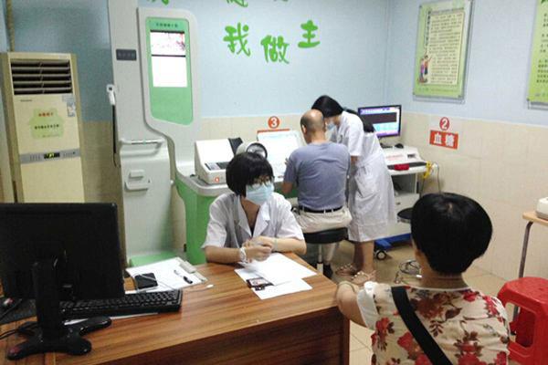 健康小屋在农村被广泛推广应用